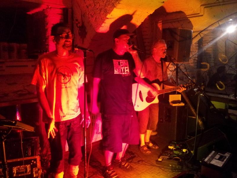 29.06.12 – Uptown Monotones
